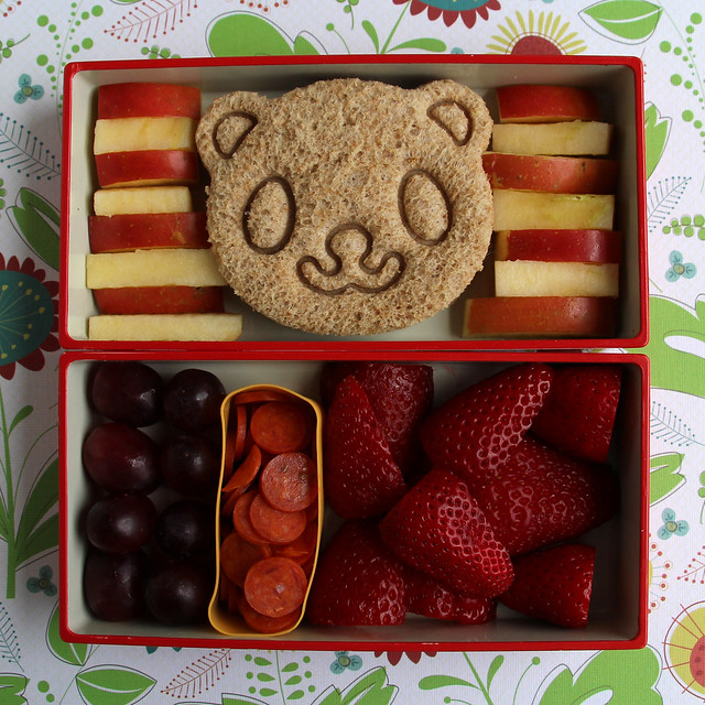 Preschool Panda and Apples Bento #442