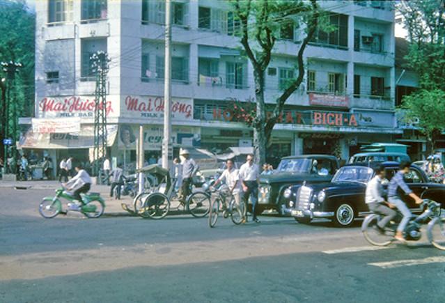 Downtown Saigon 1965