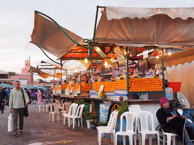 MARRAKESH不眠廣場的柳橙汁攤