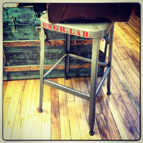 Swell Very Cool Engr Lab Metal Industrial Stool Would Make A Fu Beatyapartments Chair Design Images Beatyapartmentscom