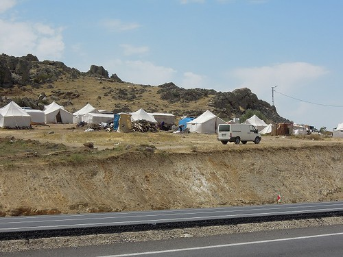 難民キャンプ?