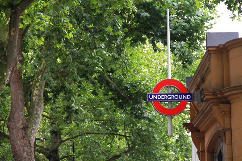 LONDON; söndag