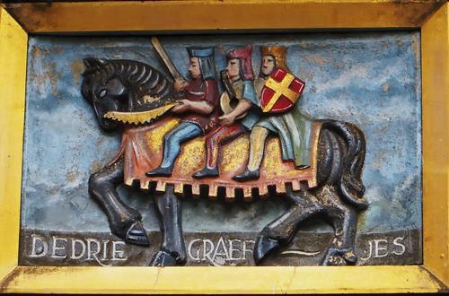 3-knights-pub