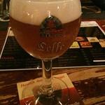 ベルギービール大好き!!レフ・トリプルLeffe Triple