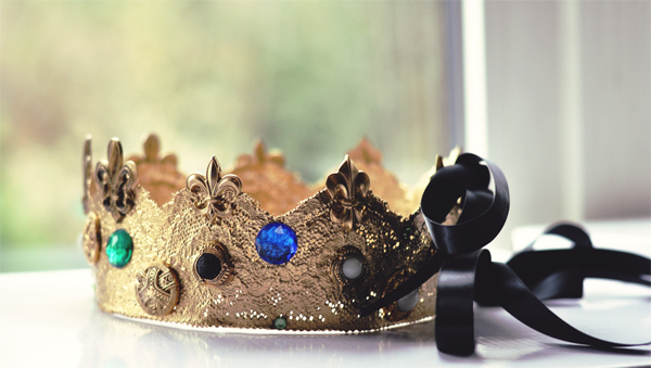 gold crown small