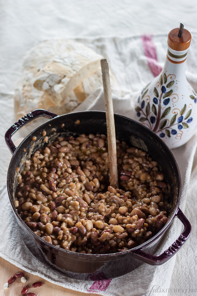 Bean soup with farro
