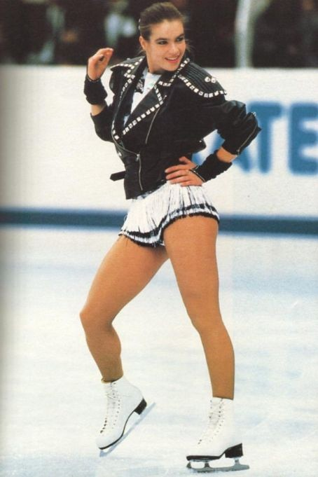 "Katarina Witt performing ""Bad"""
