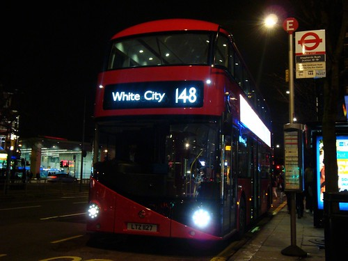 London United LT127 on Route 148, Shepherd's Bush Station