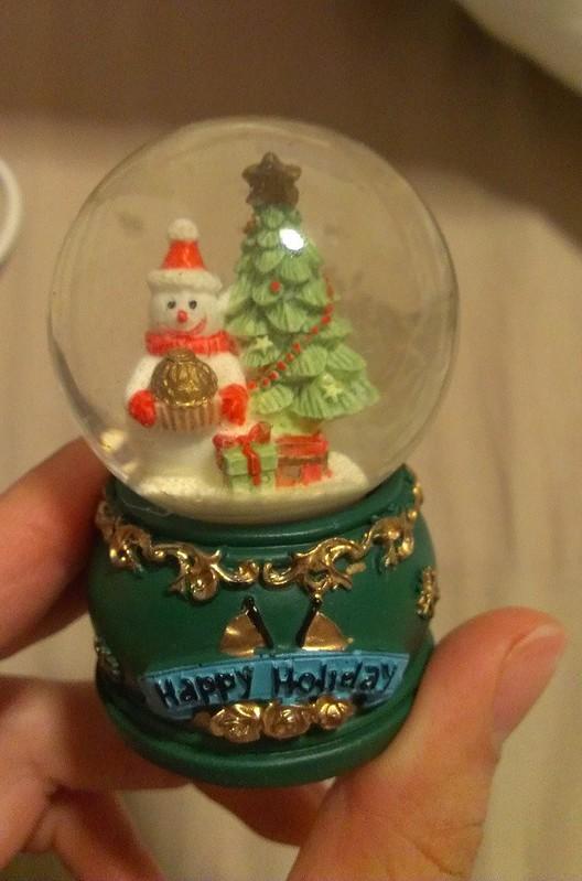 Happy Holiday Snowball
