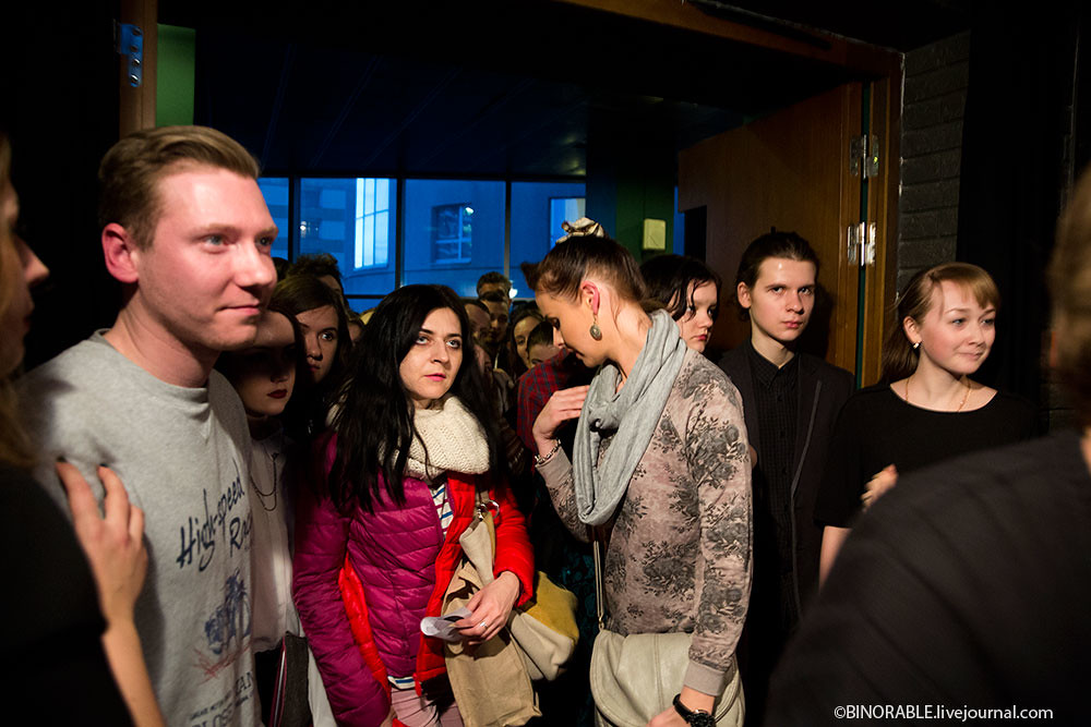 """Art performance """"the 1990s in Russia"""" ©binorable.livejournal.com"""