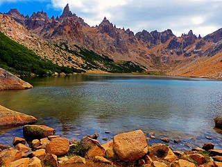 Laguna Toncek a 1700 mts. de altura - Toncek Lake  rising more than 1700 meters above sea level (Patagonia Argentina)