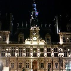 it still marvelous during the night #HoteldeVille #Paris #France #França