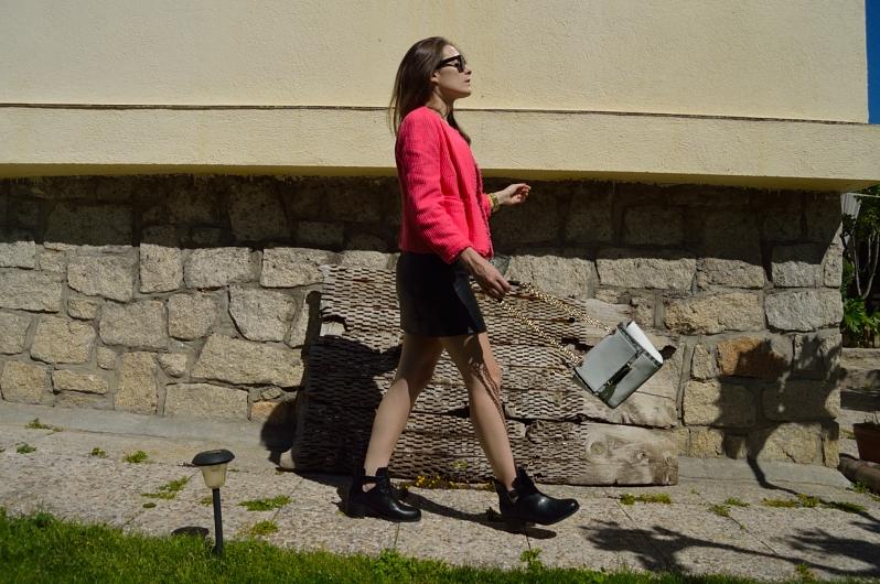 lara-vazquez-madlulablog-fashion-trends-leather-pink