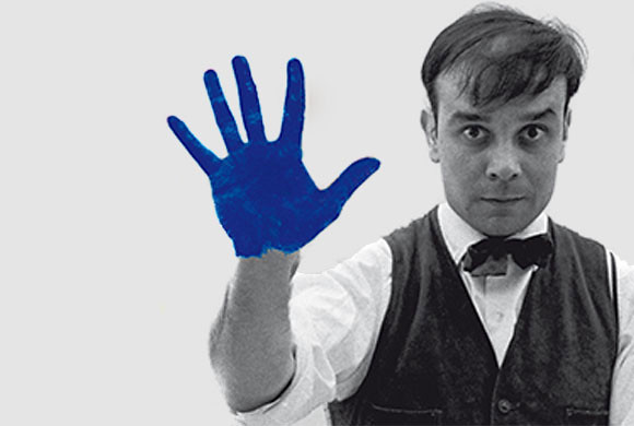 Yves Klein in Düsseldorf, Germany, 1961 © Photo Charles Wilp