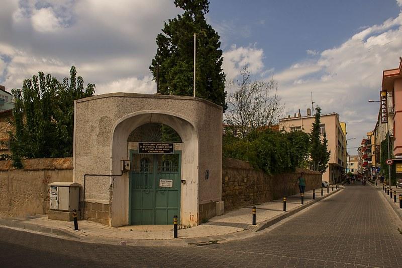 Mekor Hayim Sinagogue (3)
