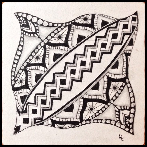 Zentangle 85, for The Diva's Weekly Challenge #202