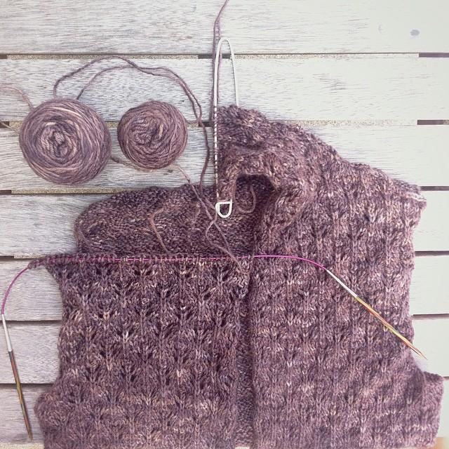 #pommedepin cardigan update: plodding up the left side.  #pommedepinkal #knit #kal #knitting #knittersofinstagram #igknitters #yarn #yarnlove #yarnlover #yarnobsessed #handdyedyarn