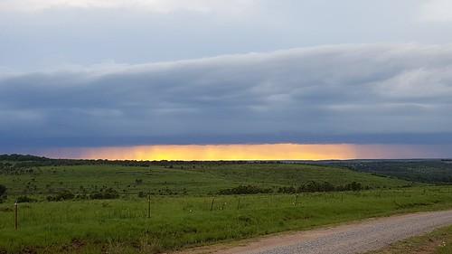 bartlesville sunset cloudsstormssunsetssunrises galaxys6 pawhuska complimentarycolors