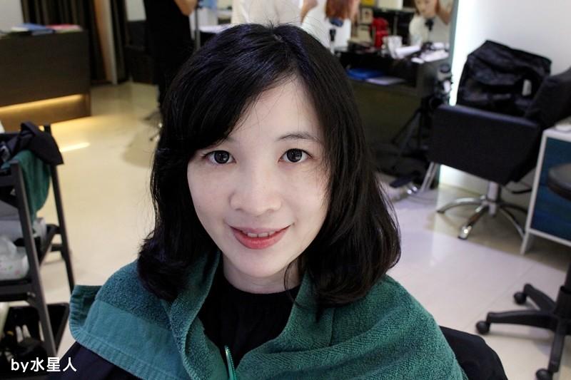 27664145920 78ab47cb43 b - 熱血採訪。台中北區【YORK Salon】人生中第一次染髮記錄,剪燙染護一次完成!
