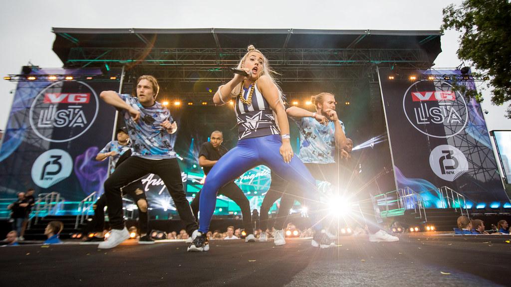 Julie Bergan - VG-lista Topp 20 - Rådhusplassen 2016