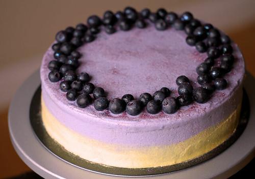 Blueberry cheesecake N Lemon cake layer w/ YuYu's frosting 20130509 01
