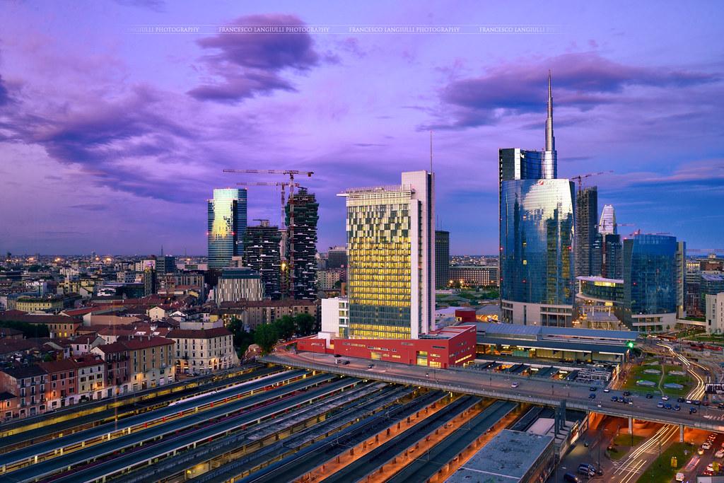 Milano complesso unicredit unicredit towers c sar pelli - Milano porta garibaldi station ...