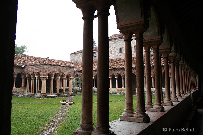 Claustro de San Zeno. © Paco Bellido, 2006