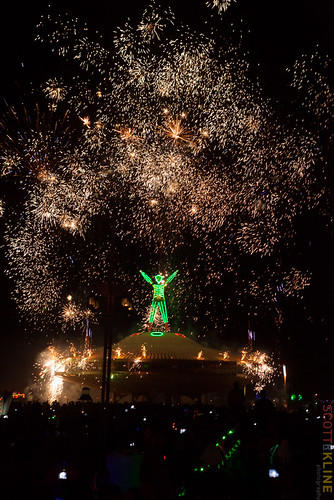 Burning_Man_2013_E4652