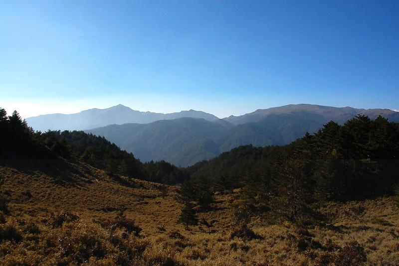 三叉、向陽、關山(From 布拉克桑山稜) 2