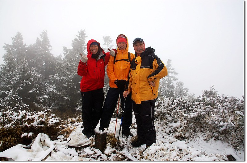 盧利拉駱山山頂(Elev. 3175 m) 1