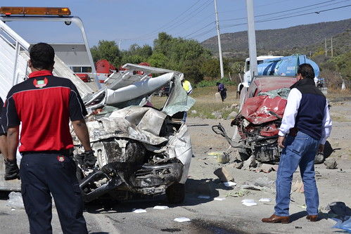 Accidente en la Carretera a SLP 2 by agenciainqro.com Agencia Queretana de Noticias