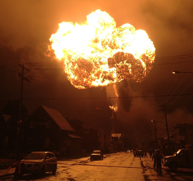 Fireball over city of La Megantic on night of accident