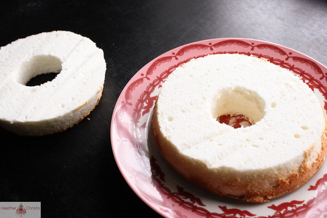 Angel Food Cake with Peppermint Whipped Cream