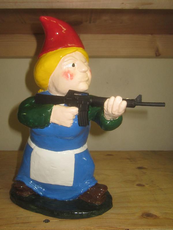 Female Garden Gnomes: When My Brain Leaks, The Drops Drip Here.: Female Combat