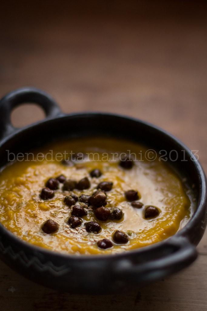 ricetta zuppa di zucca e cardi