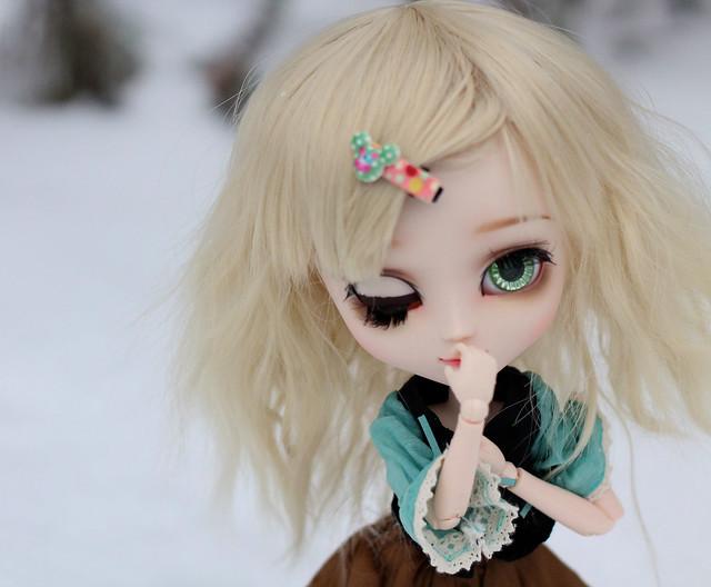 Tyttö-16