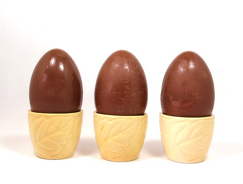 3 choccie eggs