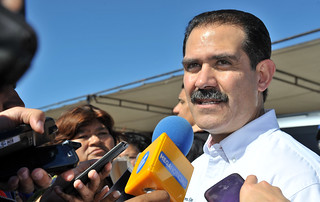 El Gobernador de Sonora manifestó que permanecerá atento a esta situación y reiteró todo su apoyo solidario al Gobernador de Sinaloa, Mario López Valdez.