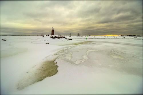 winter sea lighthouse snow ice canon suomi finland landscape eos coast gulf harbour jetty slush shore february kotka 2015 1018mm 1200d