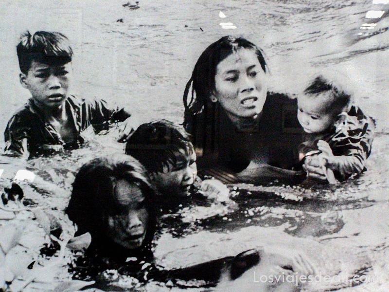 foto del museo de Saigón de la guerra de Vietnam
