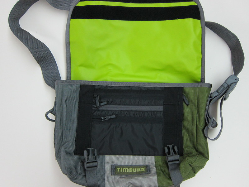 Timbuk2 Classic Messenger Bag - Opened