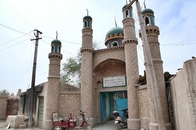 A mosque in Kumul (Hami) ハミのモスク