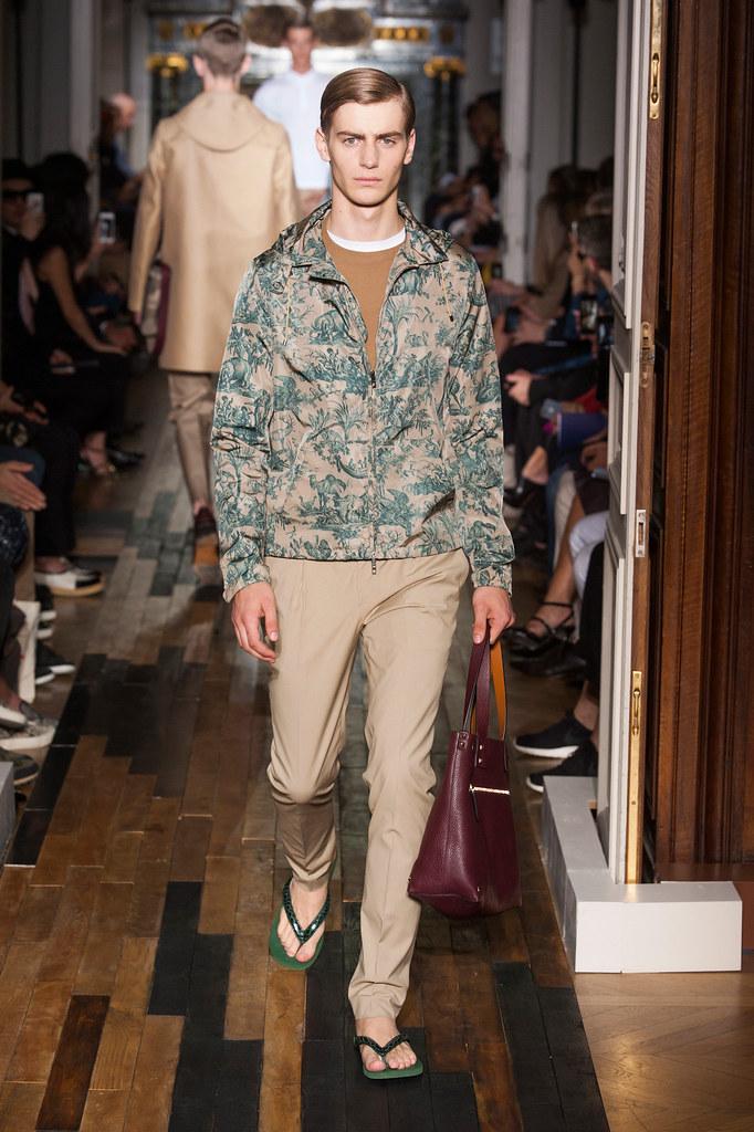 SS14 Paris Valentino026_Ben Allen(fashionising.com)