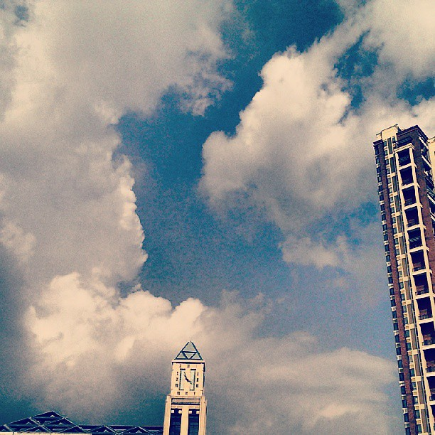 BLuE SKY with Cotton Clouds...