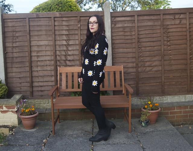 omg fashion daisy jumper