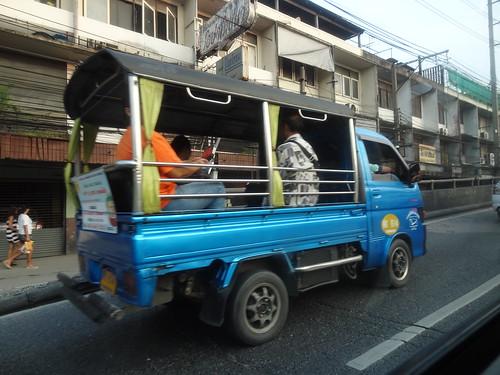 2013-10-12 Scenes de rue Bangkok (4)