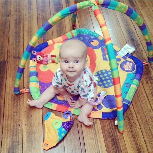 A regram from @xavcob. #babyjagoe enjoying the new house.