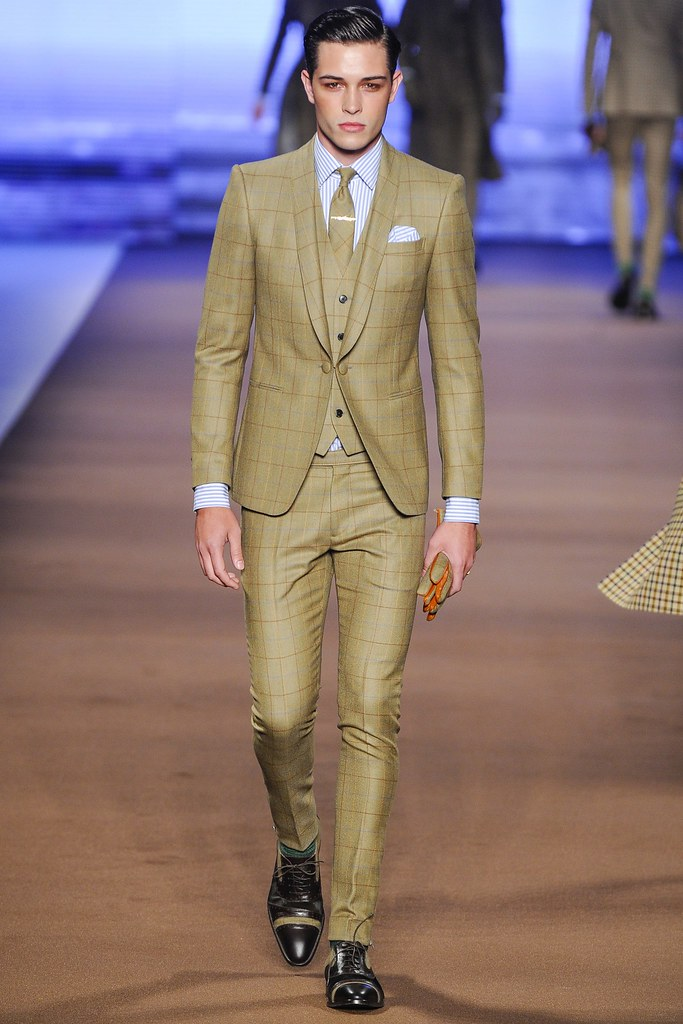 FW14 Milan Etro005_Francisco Lachowski(VOGUE)