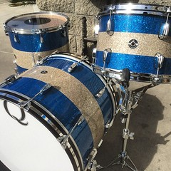 This awesome Blue/Silver/Blue glass over mahogany kit can be found at @lonestarperc in Dallas. Tricolors will always be one of my favorites!!! #qdrumco #lonestarpercussion #tricolor