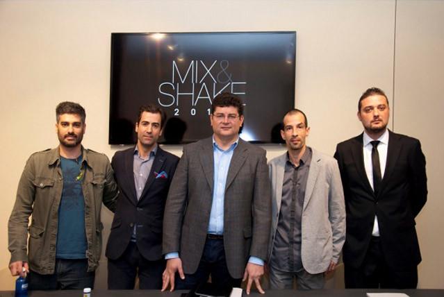 Mix&Shake - Los cocteleros de referencia Miguel Pérez y Diego Cabrera; Jorge Pineda, de Diageo, y los organizadores y mixólogos Tupac Kirby y Álvaro Varela